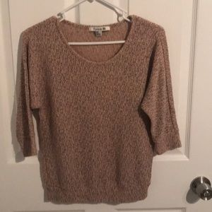 Cute scoop neck light sweater